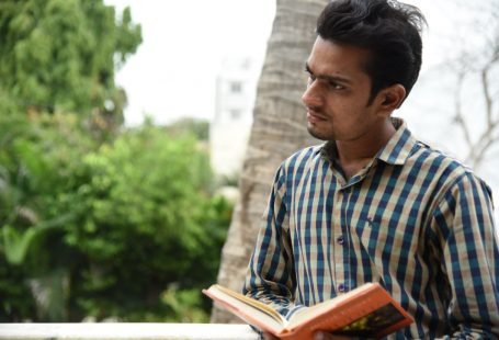Hiren Kavad an Author on Matrubharti