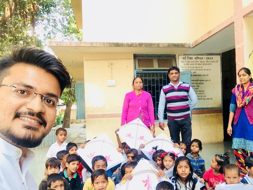 Kite to schools